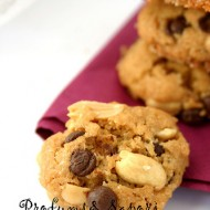 Biscotti al burro d'arachidi e gocce di cioccolato. Buon anno senza glutine!