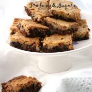 Brownies al doppio cioccolato CON burro, CON zucchero, CON uova, CON lattosio, CON glutine, CON nocciole