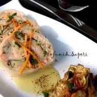 Strudel salato al salmone e carciofi con salsa all'arancia