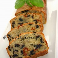 Plum cake salato alle olive