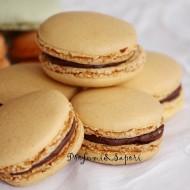 Macaron con crema al cioccolato (metodo meringa italiana)